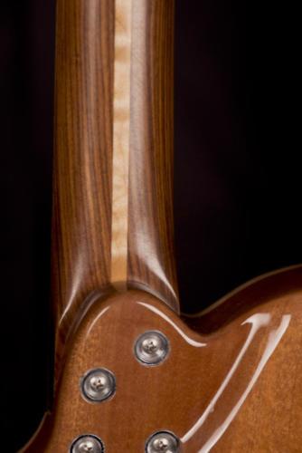 05 - Heel Detail