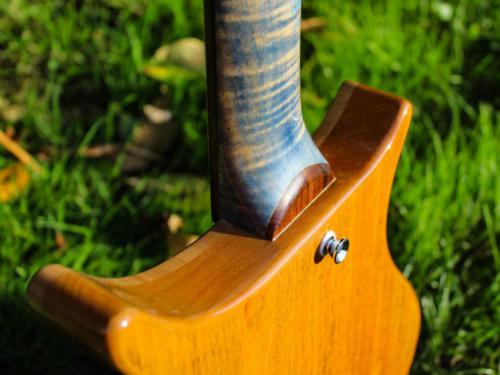 05 Heel Detail (1)